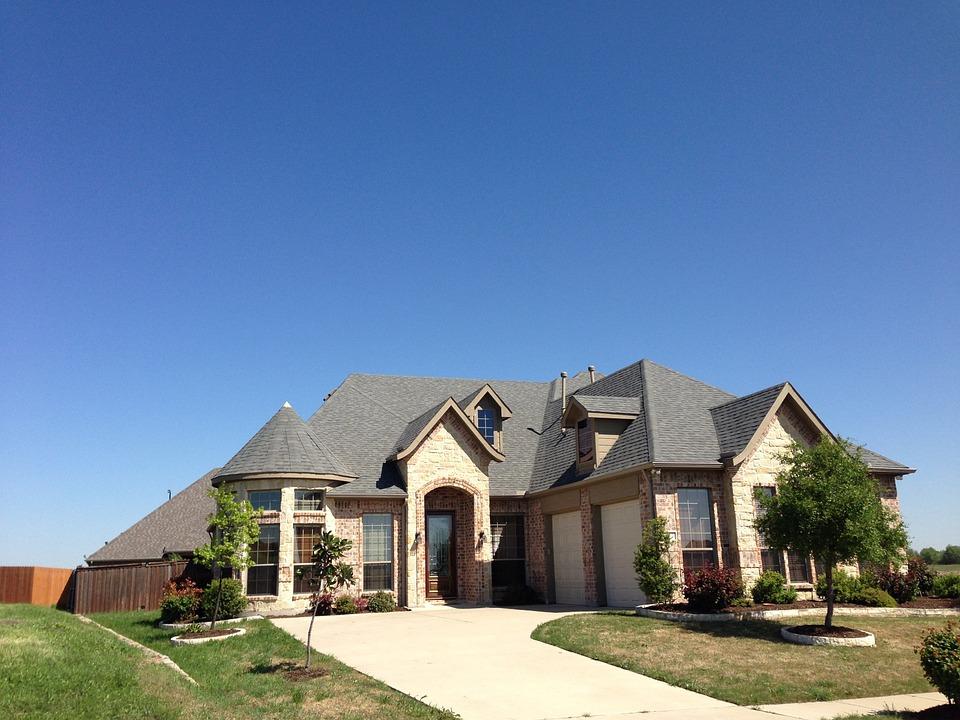 real-estate-325285_960_720